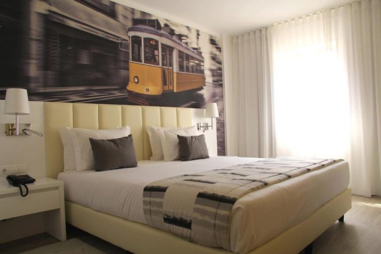 Lisbon New Year Package